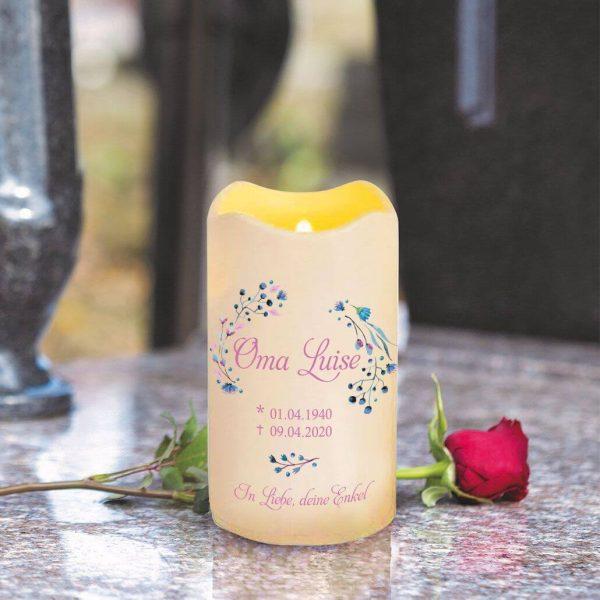 LED Kerze Trauerkerze aus Kunststoff Blüten