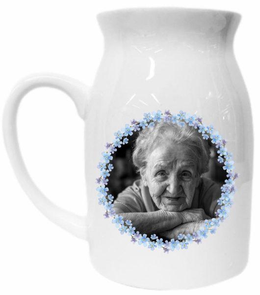 Vase mit Henkel mit Foto und Spruch zum Gedenken an liebe Menschen