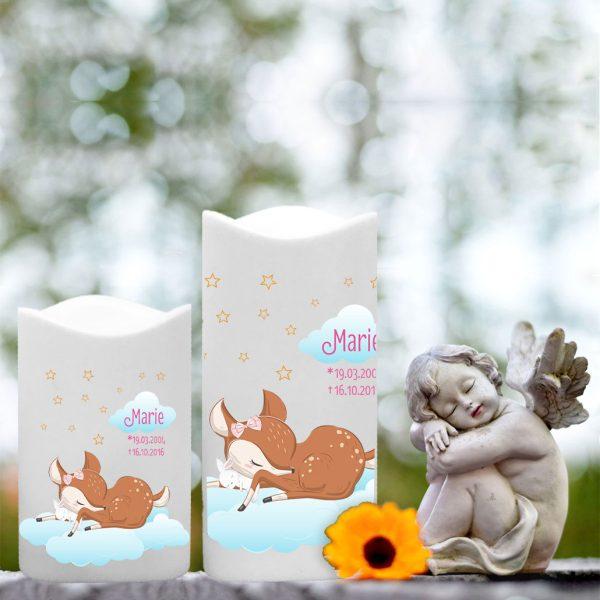 LED Kunststoff Kerze Weiß für Sternenkind schlafendes Reh mit Hase