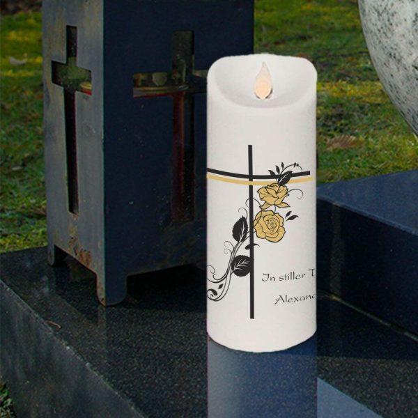 LED Kerze Twinkle Trauerkerze Kreuz mit Rosen